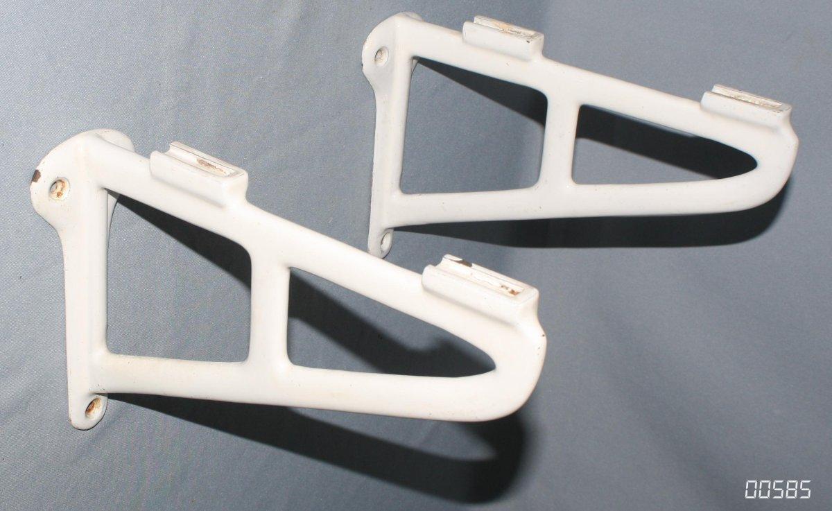 Waschbecken Emaille : Alte waschbecken konsole emaille waschtisch halter